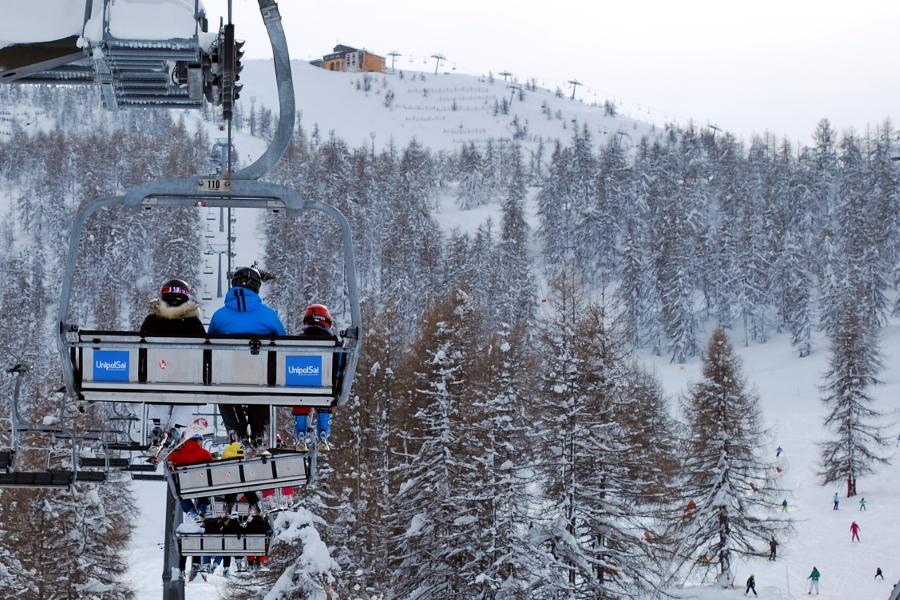 Affissione montagna Seggiolini UnipolSai